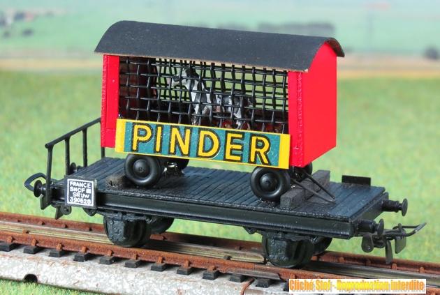 Wagons plats 2 ess maquette et semi maquette chargés par ordre alphabetique 977168VBsemimaquete2esscagePinderIMG3358