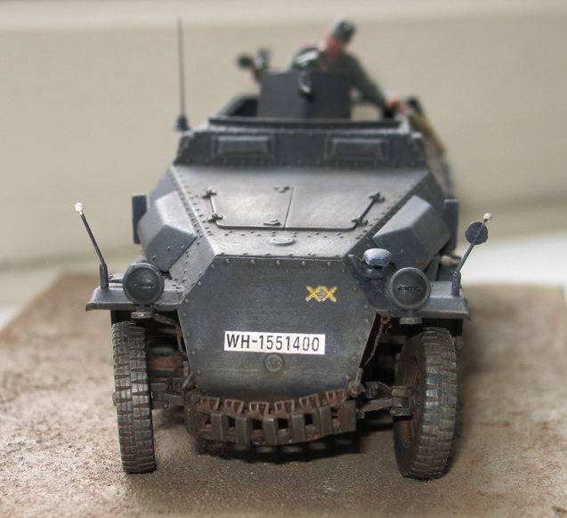 Sd.Kfz. 251/1 c riveté Dragon 1/35 Rénové! :) 977621IMG0009