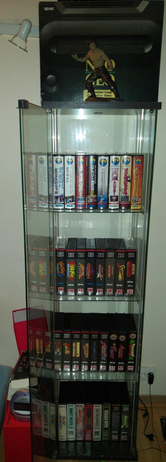 ajout de ma collection Neo Geo AES en vitrine :) 98004020160512153421