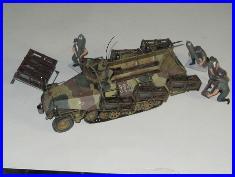 Mtl.SPW.Sd.Kfz.251/1Ausf.D mit Schwerer Wurfrahmen 40 STUKA ZU FUSS 1/35 de TAMIYA 980107IMG0914800x600