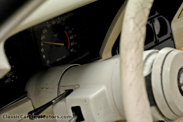 chevrolet corvette 25 th anniversary de 1978 au 1/16 - Page 2 980913Chevrolet1978Corvette25thAnniversaryEdition1Z87L8S42784614