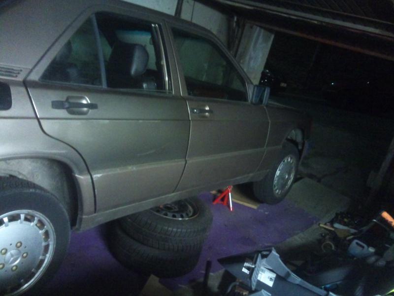 Mercedes 190 1.8 BVA, mon nouveau dailly - Page 5 982086DSC2322