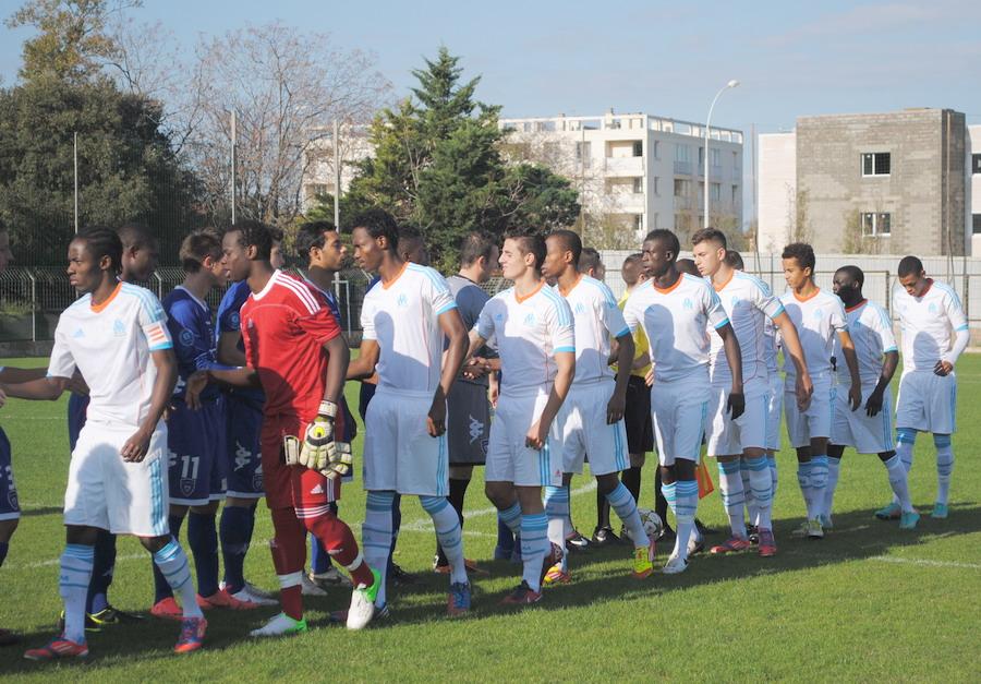 OLYMPIQUE DE MARSEILLE  :LE 11 NOVEMBRE 2012  LES U19 NATIONAUX OM ET LA  RESERVE OM .. UNE JOURNEE CORSE BIEN REUSSIE !!! - Page 2 984442DSC0126