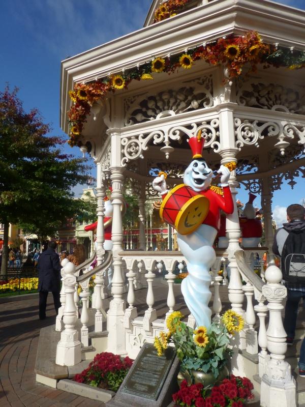 Trip Report d'une journée drôlement effrayante le 8 octobre pour Halloween et TR d'un séjour au Cheyenne les 19 et 20 novembre pour Noël :) 986012P1240070