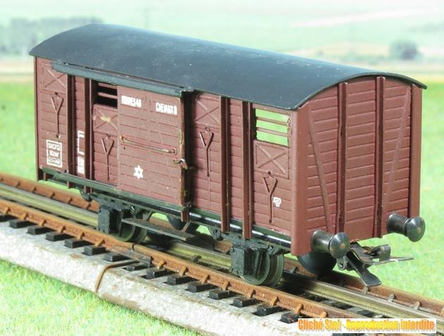 Wagons couverts 2 essieux maquette 986356VBcouvert2essbriqueIMG3246