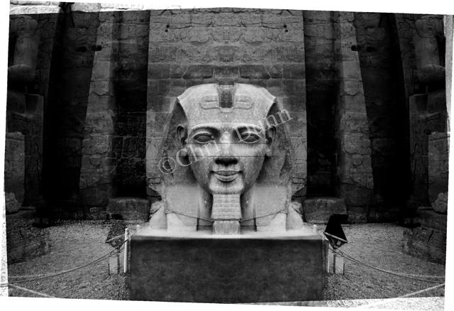 """""""La Révélation des Pyramides""""  - Page 6 987249DUNNLUXOR3copie"""
