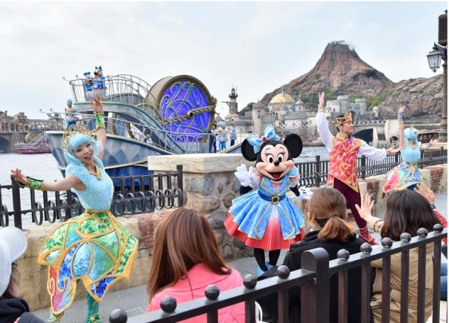 "[Tokyo DisneySea] 15th anniversary ""The Year of Wishes"" (du 15 avril 2016 au 17 mars 2017) 994060w127"