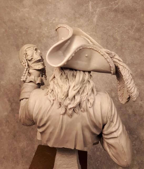 Buste de Pirate - FINI !!!!!! 994075bustePirate5