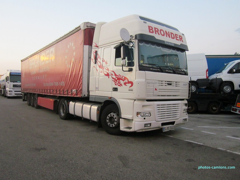 Bronder (Stuttgart) 996428photoscamion050812082Copier