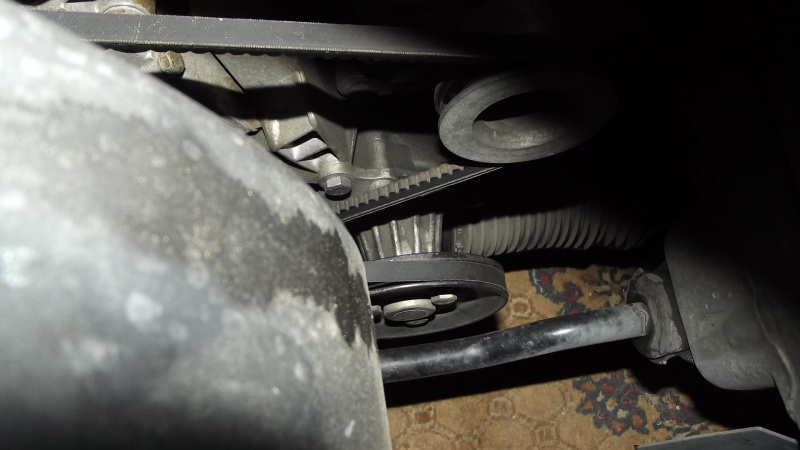[BMW E36] Défaut d'étanchéité du vase de direction assistée 99756821PompeATF
