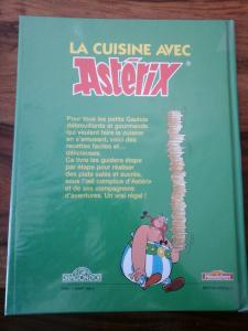 La cuisine avec Astérix Mini_128002dragondorcuisineavecasterixheudebert1