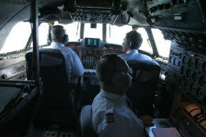 vol à bord d'un ex C-121C de l'USAF Mini_297858IMG9839
