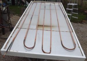 auto-construire un chauffe eau solaire Mini_33744405poseplaquealuminiumserpentionencuivrede16