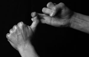 Douleur au doigt suite à une chute... Mini_369848IMG7006