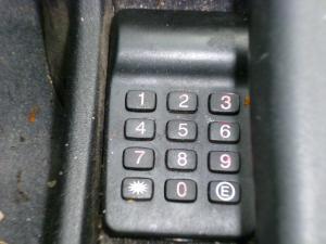 Comment enlever anti démarrage de 405 ? Mini_515356P1000026