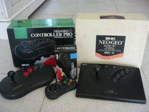 Choisir sa console ou support neo geo: CD, AES ou MVS ?? Mini_594747P1090015