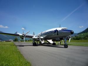 vol à bord d'un ex C-121C de l'USAF Mini_594866P1040604