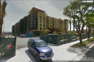 [The Anaheim Resort] Infrastructures publiques, hotels tiers, GardenWalk Mini_703234strawberrysouth2