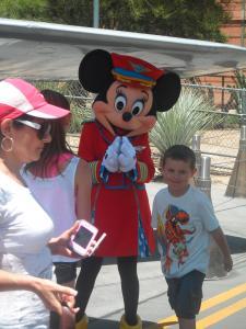 Disneyland Resort: Trip Report détaillé (juin 2013) - Page 3 Mini_806750HHHHHHHHHHHHHHHHHHHHHHHHHHHHHHH