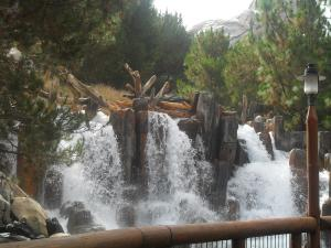 Disneyland Resort: Trip Report détaillé (juin 2013) - Page 3 Mini_838453HHHHHHHHHH