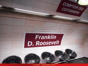 La publicité dans le métro (hors pelliculages de rames) Mini_853588DSCN0716