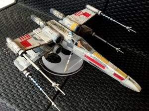 Collection n°150 : Mikajedi - Page 5 Mini_963823red5revell129