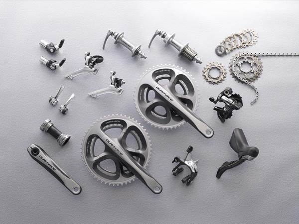 Nouveauté matériel & textile cyclisme 139122DURA_ACE_GROUP