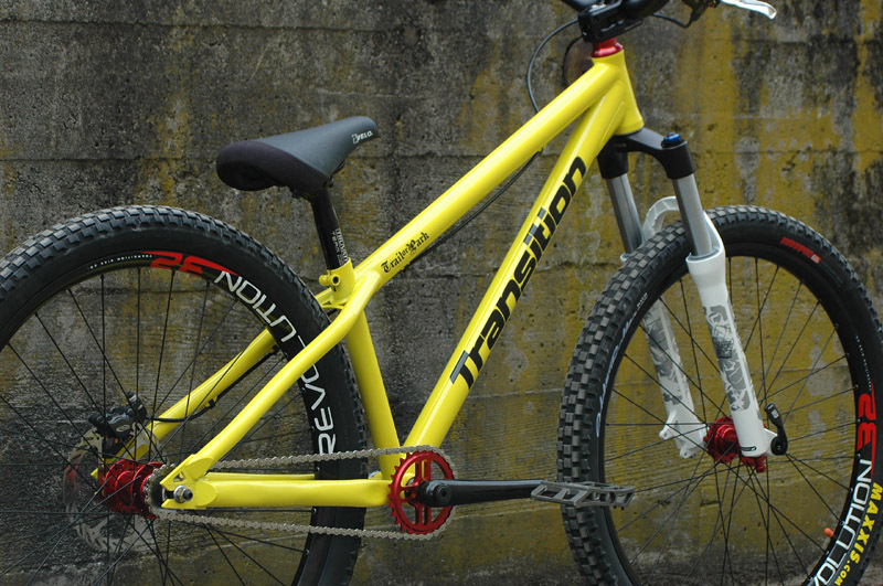 Transition Bikes 501215TOP08Gallery_CompleteYellowAngle