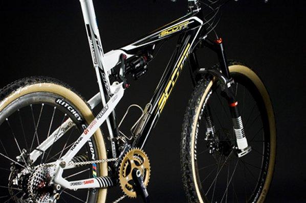 Nouveauté matériel & textile cyclisme - Page 2 8720sp_spark2