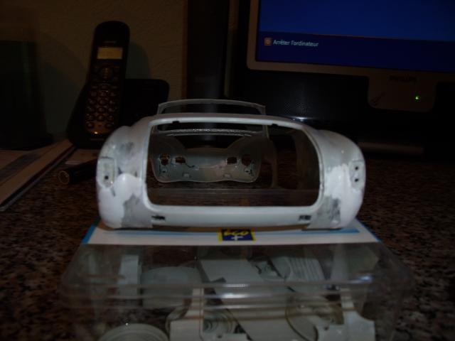 Karmann Ghia Cab' au 1/16. 112228Karmann019