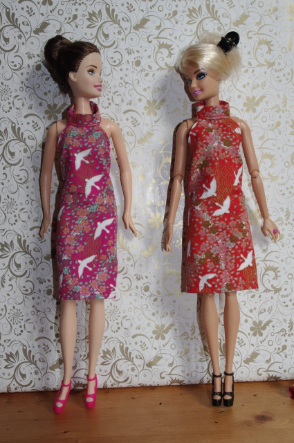 Couture et miniatures pour barbies, MH, muses!^^ 118450413918photos2melot36