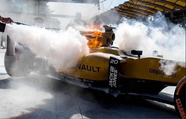 F1 GP de Malaisie 2016 (éssais libres -1 -2 - 3 - Qualifications) 1186762016KevinMagnussen