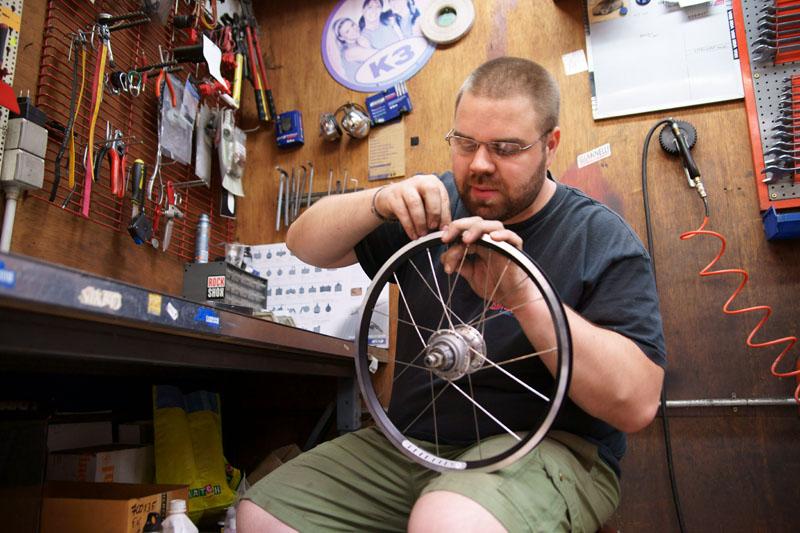 Rayonner les roues : outils et techniques - Page 3 120113DSC0358copy