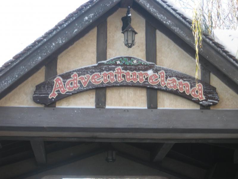[Disneyland Paris] Disneyland Hotel - chambre Castle Club (8-10 décembre 2010) (début du TR p.9) - Page 9 120478IMG2160