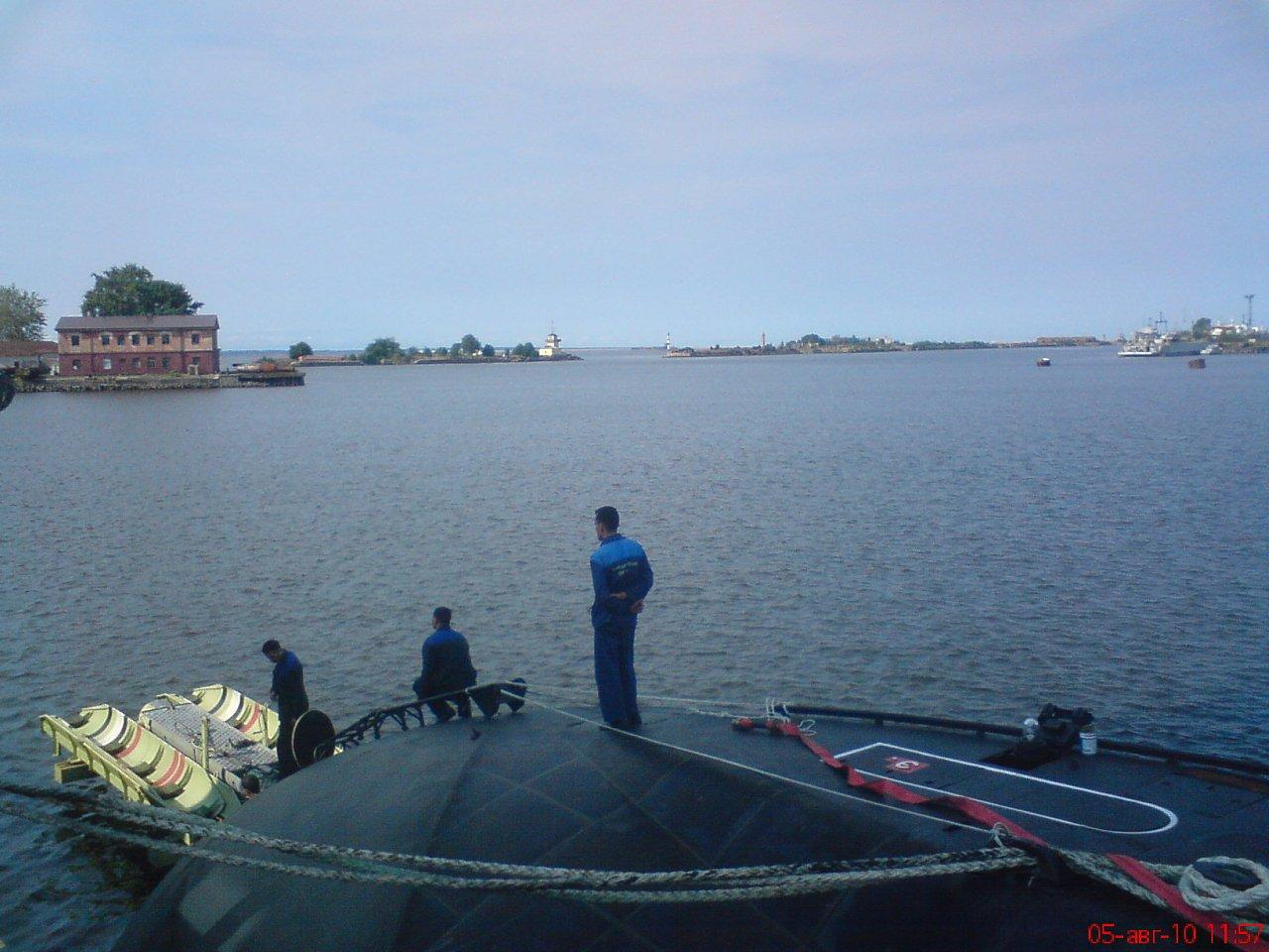 الكلوب اس على متن الغواصة الجزائرية  12953417