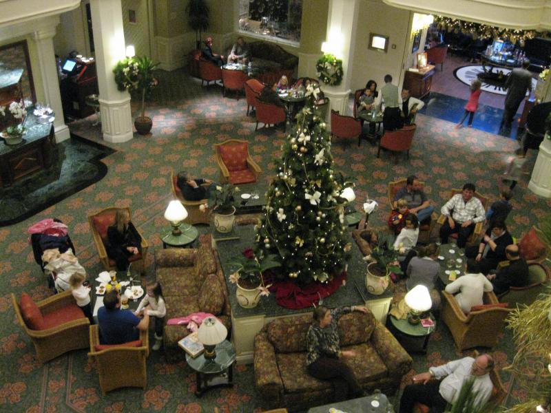 [Disneyland Paris] Disneyland Hotel - chambre Castle Club (8-10 décembre 2010) (début du TR p.9) - Page 10 130332IMG2387