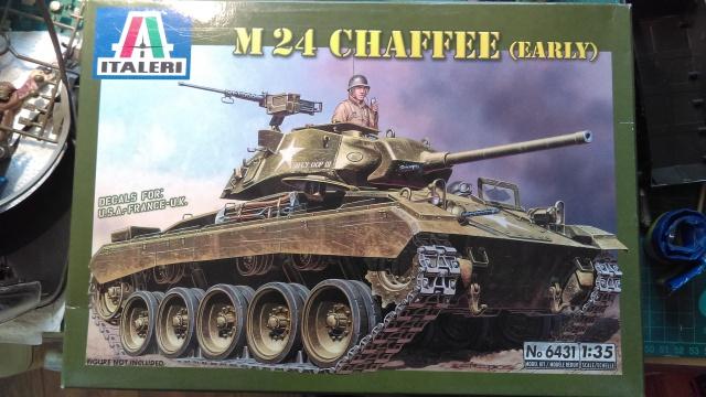 M 24 CHAFFEE ITALERI 1/35 - Page 2 132512IMAG0158