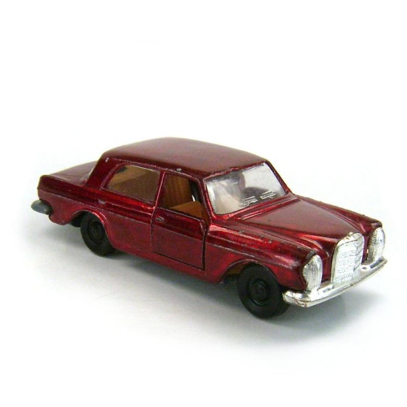 N°237 Mercedes 280 133539611