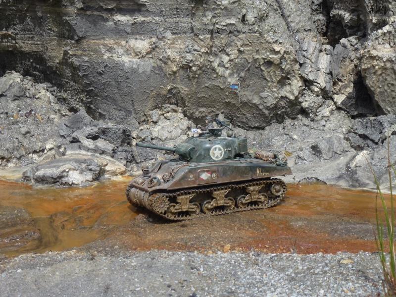 Sherman modifié M4A4 de la 1ère DB  - Page 2 135506P1110299