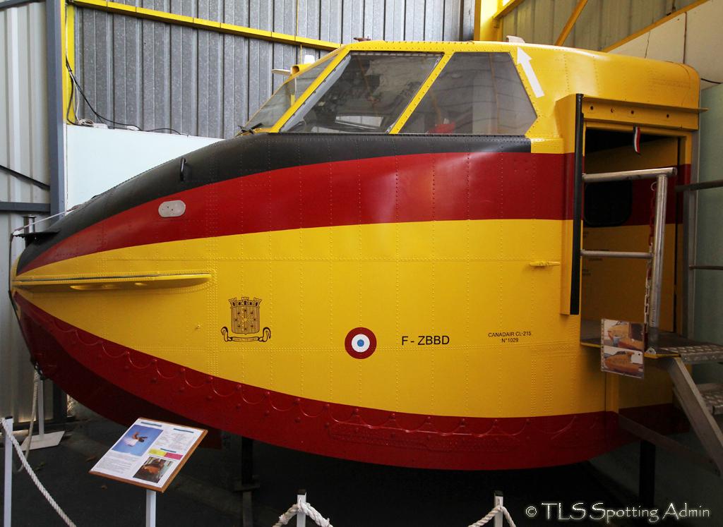 musée de l'aviation de st victoret - Page 2 138103CL215SecuriteCivileFZBBD001StVictoretMuseum100513EPajaud