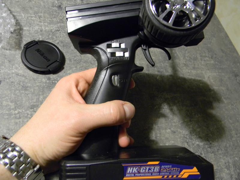 [Tuto] présentation radio à volant HK GT3B  138384DSCN0132