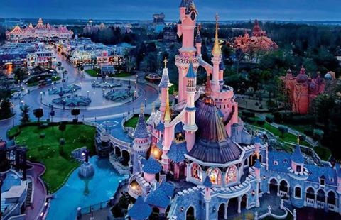Disneyland vue d'en haut ... - Page 3 153020209529351416963495006637976106146533908788n