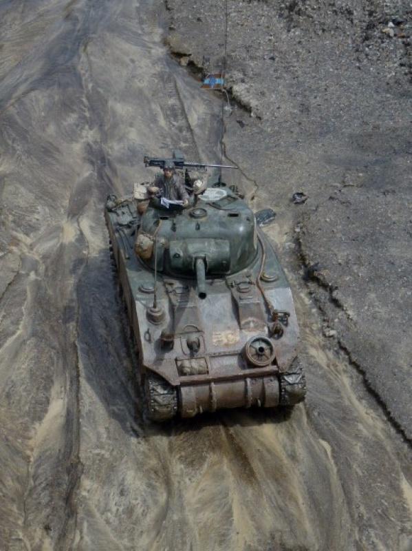 Sherman modifié M4A4 de la 1ère DB  - Page 2 155204P1110287