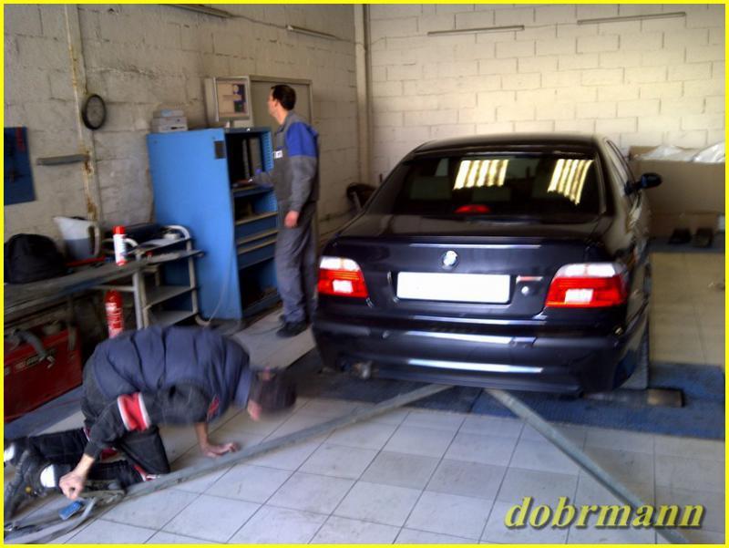 [BMW 530 d E39] Downpipe 158160IMG2011020400045Copier