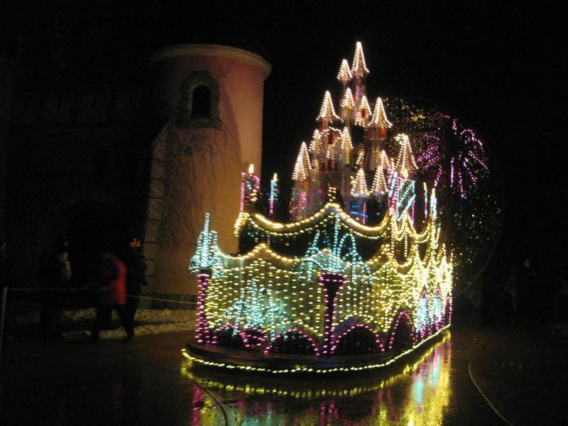 [Disneyland Paris] Disneyland Hotel - chambre Castle Club (8-10 décembre 2010) (début du TR p.9) - Page 10 160235IMG2364