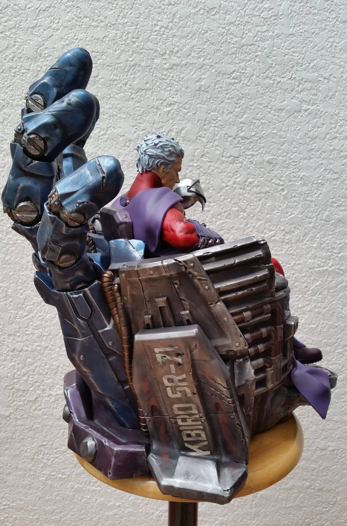 Premium Collectibles : Magneto on Sentinel Throne - Page 5 1667311042819914011596801047278155443793026318971o