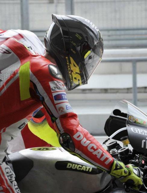 Ducati GP11,12, zéro.. 1678284203953040943063047561834775950330958329381812233312n
