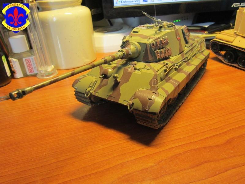 Sd.Kfz.182 King Tiger à tourelle Henschel de Dragon au 1/35e par pascal 94 - Page 2 174590IMG1610b