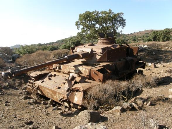 Les Panzer IV ausf H syriens !!! 180468kopiapa010562mx4