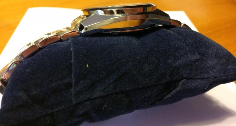 Grand Seiko SBGJ003 (Hi-Beat GMT) - 4300€ 186367Image8